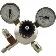 CO2 redukčný ventil s 2 manometrami + ihlový ventil